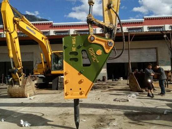 破碎锤配件怎样配合我国工程机械的发展