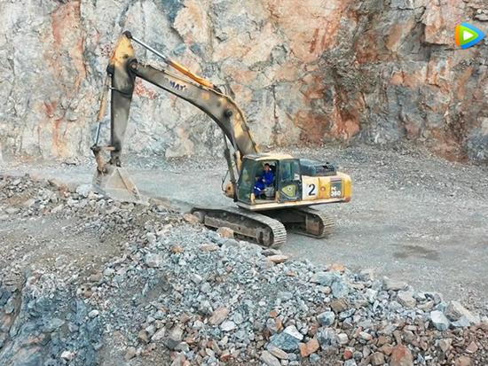 小松中国产品矿山应用案例