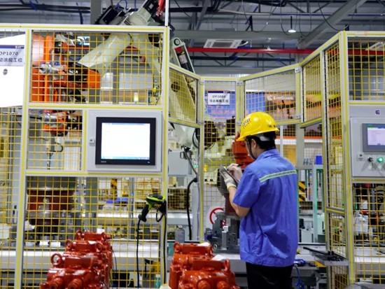 """柳工中标""""广西机械行业工业互联网平台""""项目"""