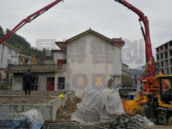 35米搅拌泵车一体机浇筑混凝土布管的重要性!