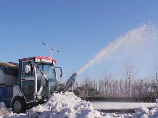 海德汽车清雪神器光顾每个落雪寒冬