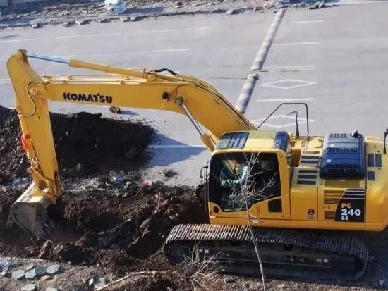 挖掘机用原厂件还是副厂件?