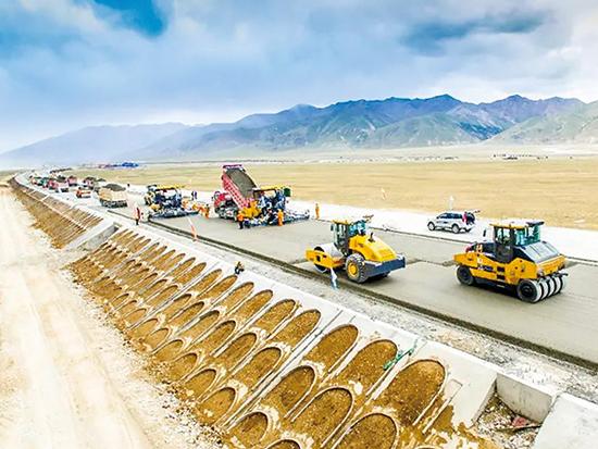 谋定智能高效 路面压实机械迎接道路建设新机遇