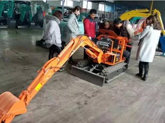 挖掘机技师必备的挖掘机主要维修技术