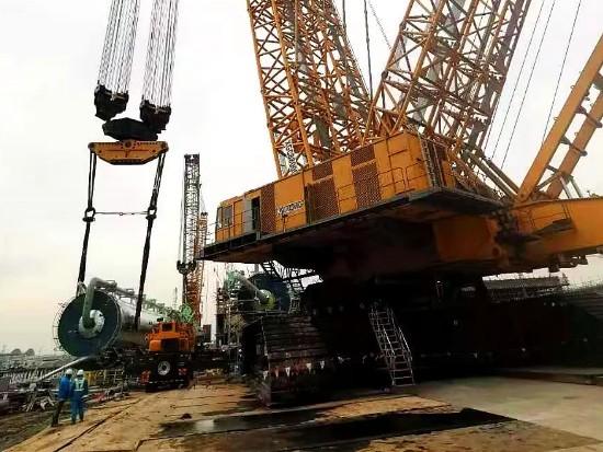 三大塔开吊!4000吨二号车助力江苏斯尔邦二期项目建设