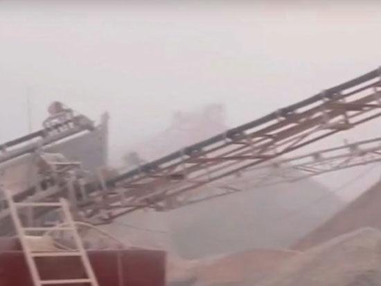 """碎石界的""""大杀器""""?河北小伙挑战移动砂石机,1小时竟碎石250吨"""
