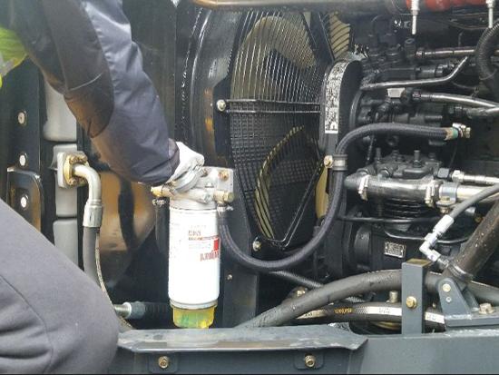 【爱车养护大讲堂】第三期 - 维保篇 - 燃油水分离器排水
