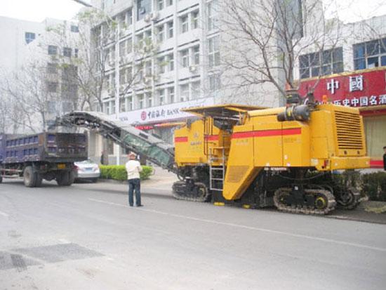 三一SM2000型铣刨机河南郑州施工