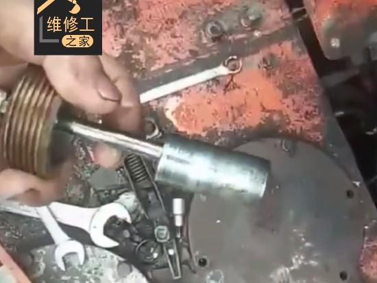 挖机斗杆油缸发卡,故障点竟是这个阀!