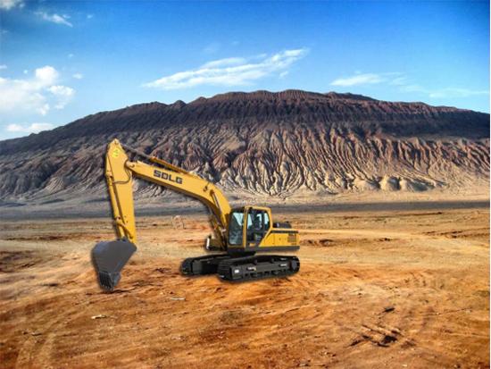 挖掘机安全驾驶的小技巧