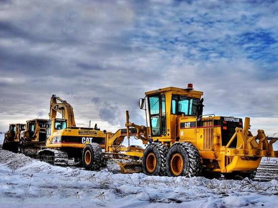 机械行业点评报告:2月挖掘机销量增长205% 内需外需景气共振