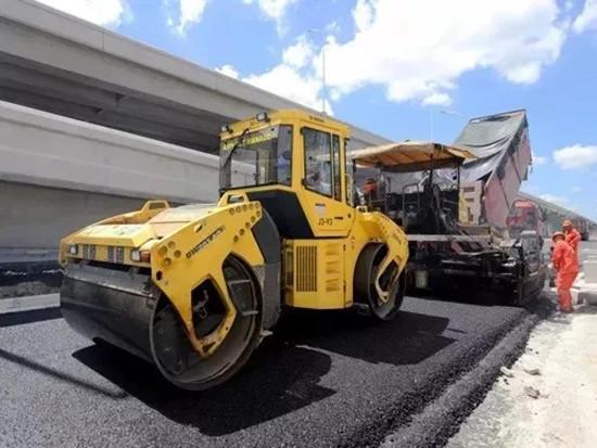 宝马格进驻S26公路入城段新建工程,为特种沥青保驾护航