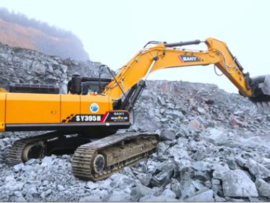 挖機礦山施工,需要注意什么?