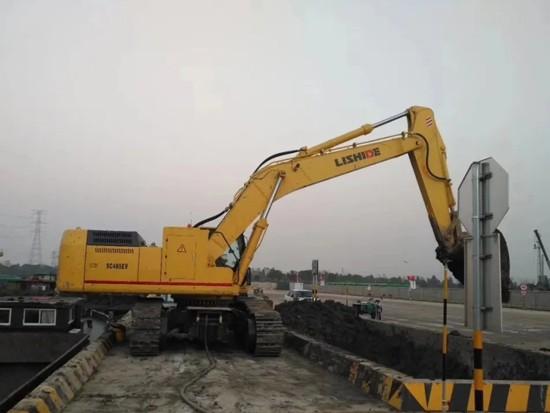 节能50%以上的挖掘机——力士德电动挖掘机