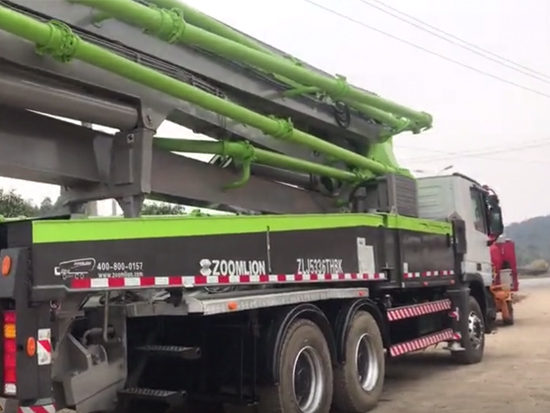 #混凝土泵车#中联重科#工程机械设备 47米中联泵车