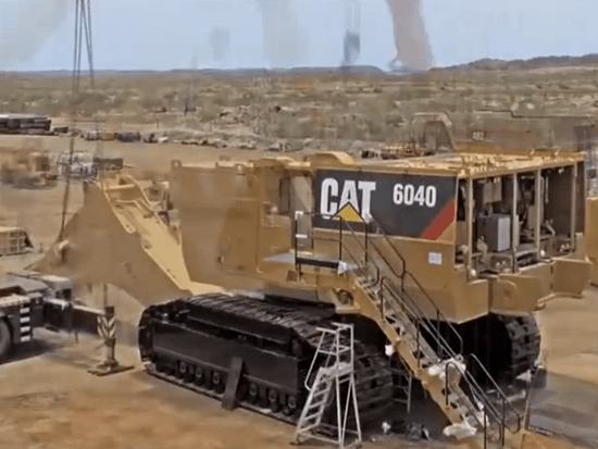 惊人的巨型挖掘机组装和现代科技最快的智能起重机组装