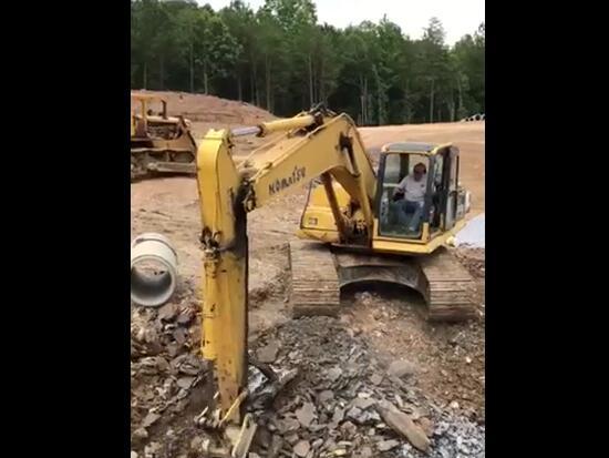 松土器:挖掘的开路先锋
