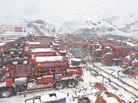 塔里木油田战暴雪稳生产 确保西气东输主力气田安全平稳