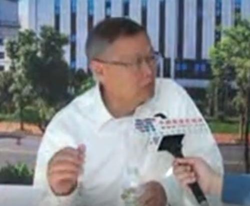 山河智能董事长何清华采访视频