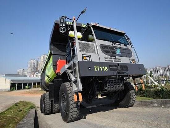 中联重科矿用自卸车ZT118,高效率高可靠