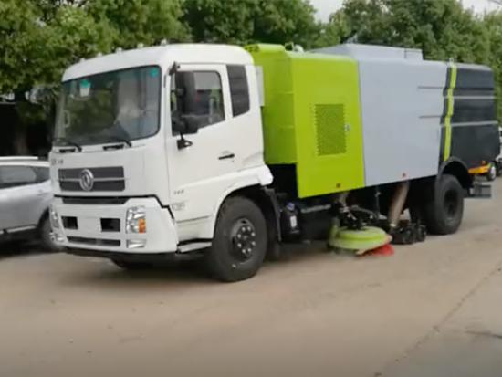 东风天锦道路清扫车/天锦干扫车