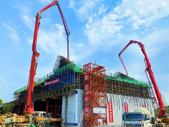 方圆SC100型井道施工升降机将参与湖杭铁路富春江特大桥建设项目