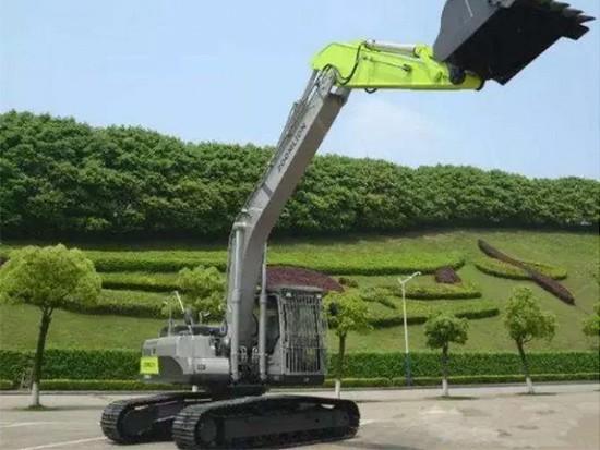中联ZE230E挖掘机左右回转均无动作的原因