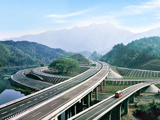 总投资43905亿元!新疆今年将大力推进水利、交通、民生等方面建设