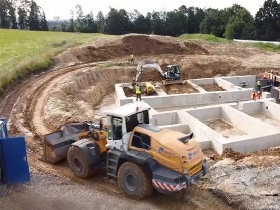 世界上最大的5种工程车,超级推土机巨型装载机斗轮式挖掘机