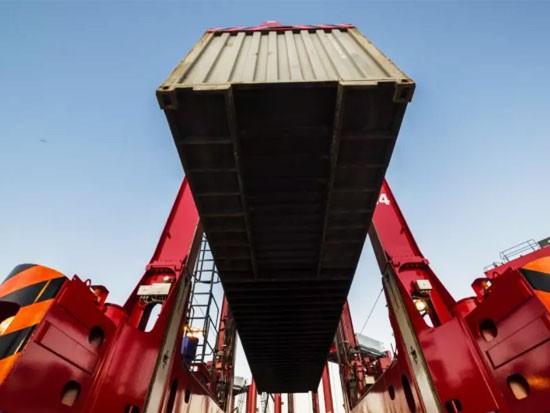 卡尔玛向南安普敦DP World交付了新的跨式舰队