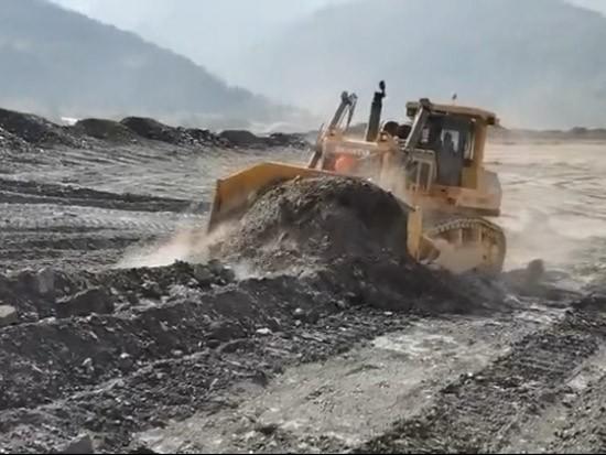 SD60-C5推土机云南金属矿矿渣回填
