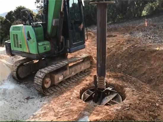 泰信KR40小小旋挖大口径入岩施工