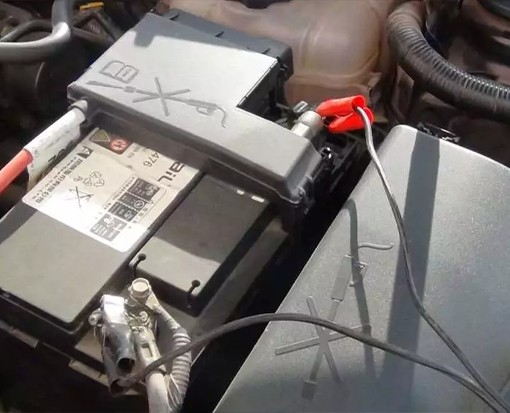 高空作业平台蓄电池这样保养,寿命至少延长一倍!