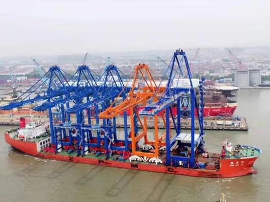 希腊比雷埃夫斯港及土耳其伊兹密尔TCEEGE码头的集装箱起重机发运