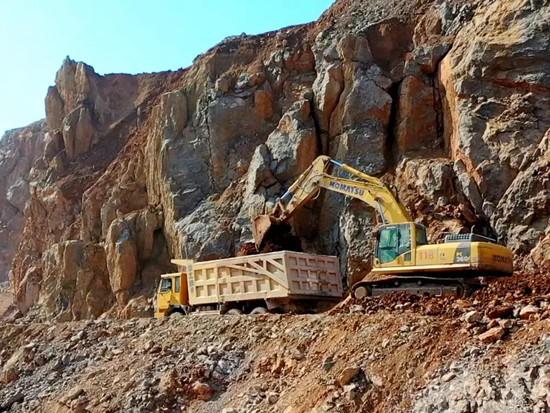 礦山開采十余載,這家礦企只認小松挖掘機!