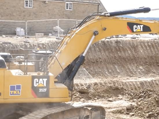 卡特彼勒352F挖掘机