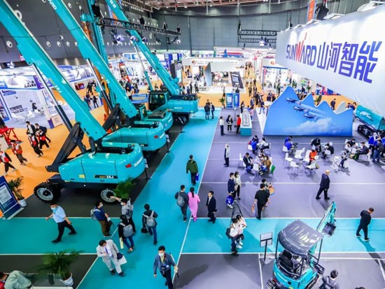 """""""山河绿""""亮相长沙国际工程机械展,50余款产品尽显山河智能创新实力"""