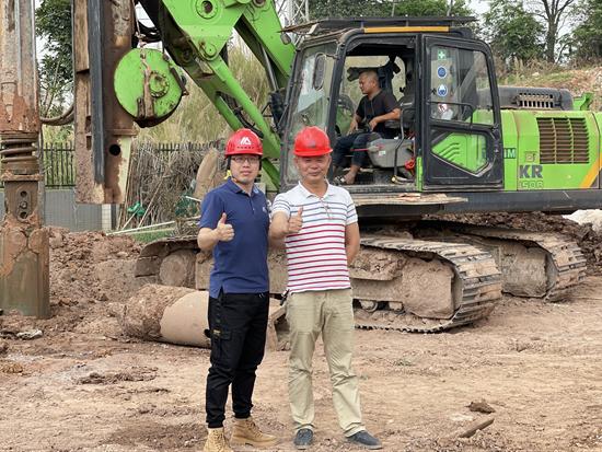 泰信機械多型號旋挖鉆機助力廣清產業園基礎建設