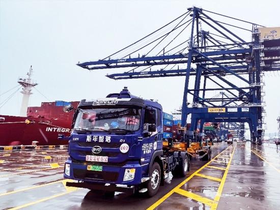 牵手宁波大榭 斯年智驾拿下全球首个港口无人驾驶商业化付费订单