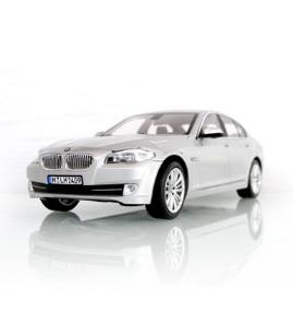 宝马车BMW 5系轿车(F10)泰坦银仿真车模