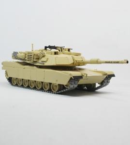 1:35 Y 美军M1A2主战坦克 2003伊拉克战场版 迷你切 黄色