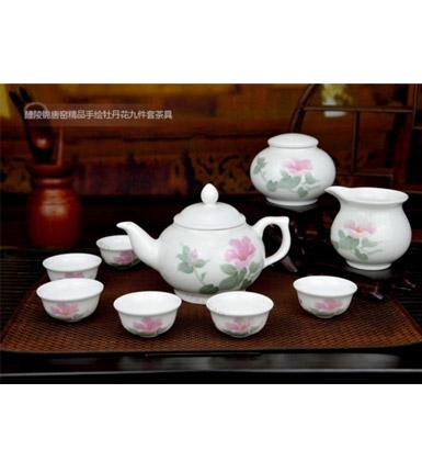 釉下五彩瓷牡丹花茶具