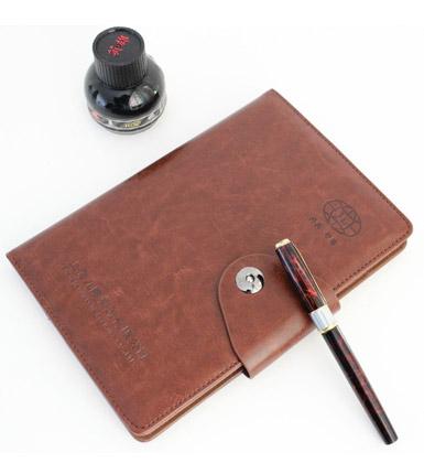 平装笔记本