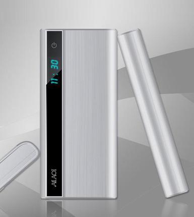 爱拉奇--LED手电筒移动电源