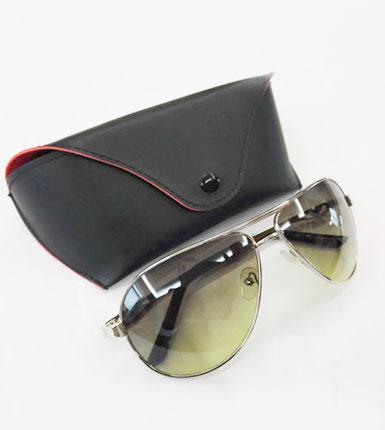时尚偏光太阳镜