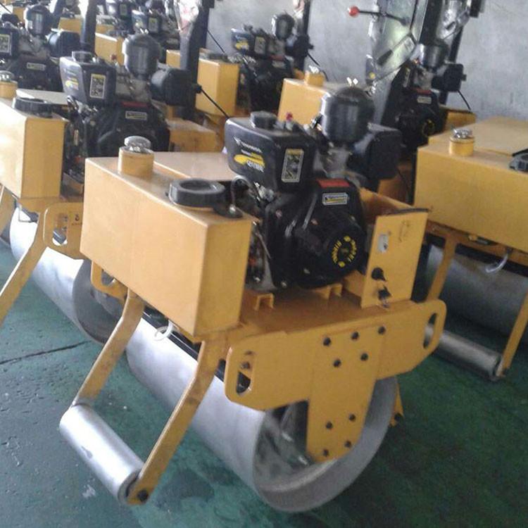 国产压路机 手扶压路机双钢轮 小型座驾压路机供应