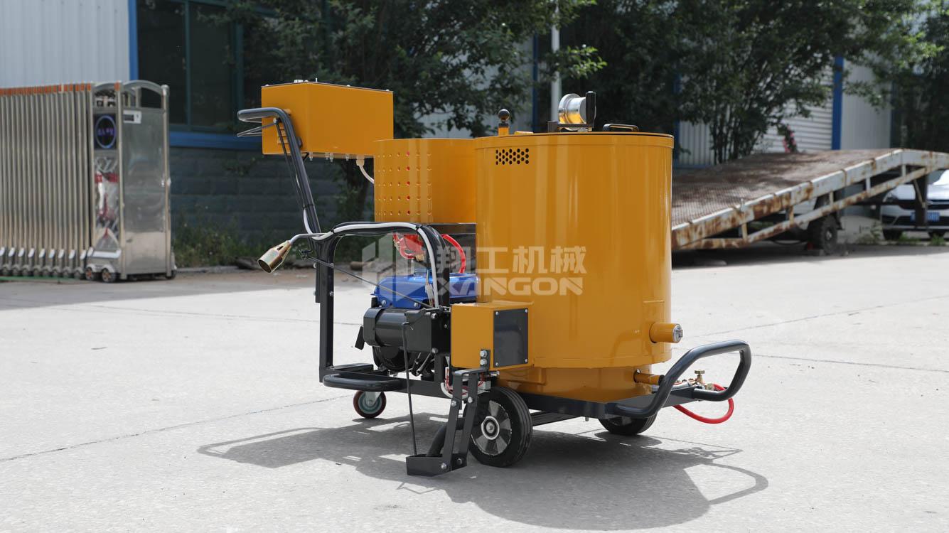 山东翔工机械手推灌缝机带刮板厂家现货直发路面灌缝修补设备