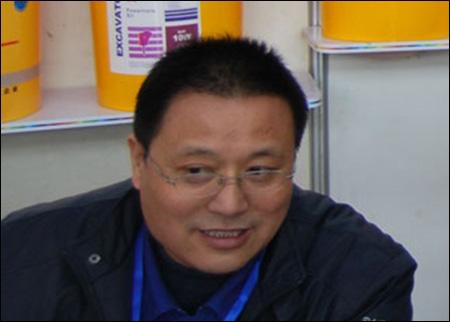 打造中国工程机械润滑油专家