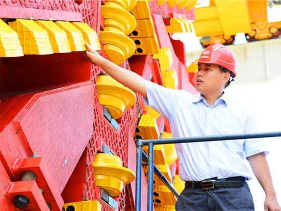 """为""""中国制造""""赢得尊严"""