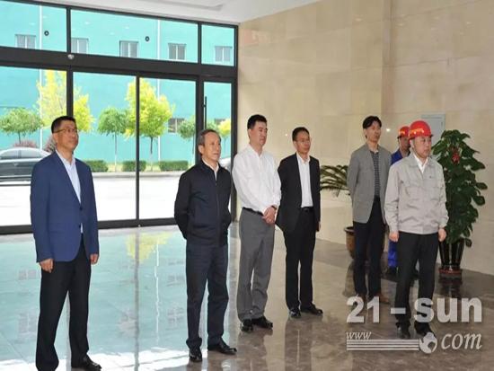 王民率队考察辽宁本钢集团